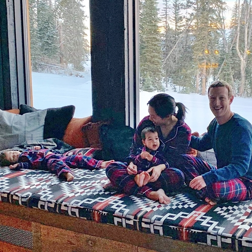 How Billionaire Facebook CEO, Zuckerberg Celebrated Thanksgiving With Family In Style (Photos)