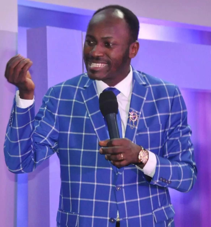 We Can Mess Up Bloggers Hustle – Apostle Suleman (Video)
