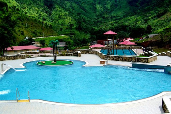Waterfalls, Caves, Beaches – Check Out The Six Nigerian Tourist Centres You Should Visit
