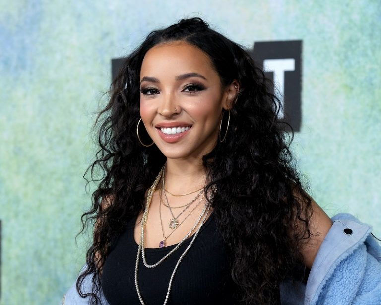 Tinashe Signs Management Deal With Jay-Z's Roc Nation